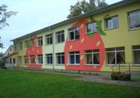 Jelgavā strauji palielinās rindas uz vietu bērnudārzā; pašvaldības problēmu risina kūtri