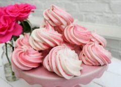 Satriecoši maigi zefīri mājas apstākļos – ne vairāk kā 80 kalorijas uz 100 gramiem!