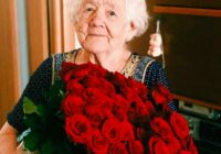 FOTO: Pirms un pēc. Vecmāmiņa Zina savos 89 gados pirmo reizi nolēma apmeklēt skaistumkopšanas salonu