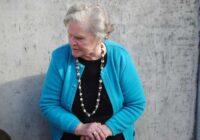 Satiku senu draudzeni, viņai 60 gados nav bērnu. Viņa negribēja dzemdēt, jo izvēlējās dzīvot sev